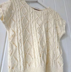 Tops - vintage cable knit short sleeve top